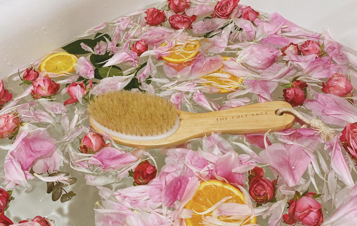 A Guide to Dry Body Brushing & Its Benefits